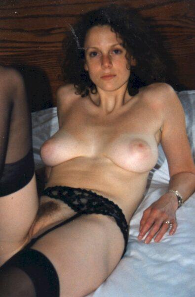 Femme infidèle sexy pour de la rencontre coquine