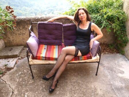 Petite coquine sur l'Aveyron pour vous