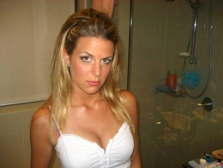 Rencontre secrète si vous êtes un homme réellement sérieux pour une femme infidèle sexy
